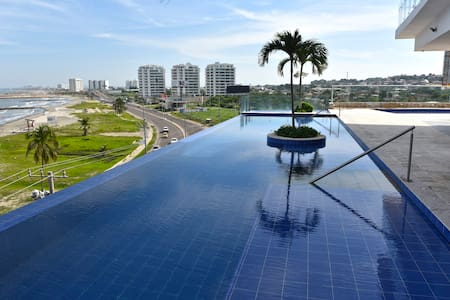 Ocean front Apt, Near Walled City, Rest and Relax - Cartagena