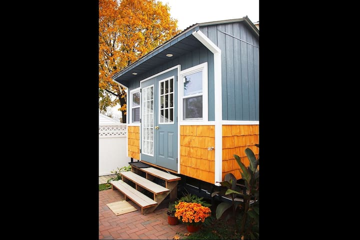 Tiny Awesomeness! Tiny House- She Shed- Man Cave