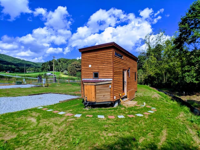 Lil Creekside @ Acony Bell Tiny Home Village
