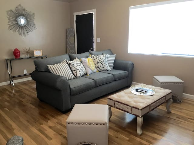 BEAUTIFUL, newly renovated in Northeast LA! - Los Angeles - Casa