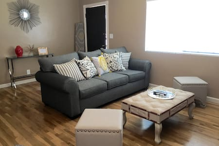 BEAUTIFUL, newly renovated in Northeast LA! - Los Angeles - Talo
