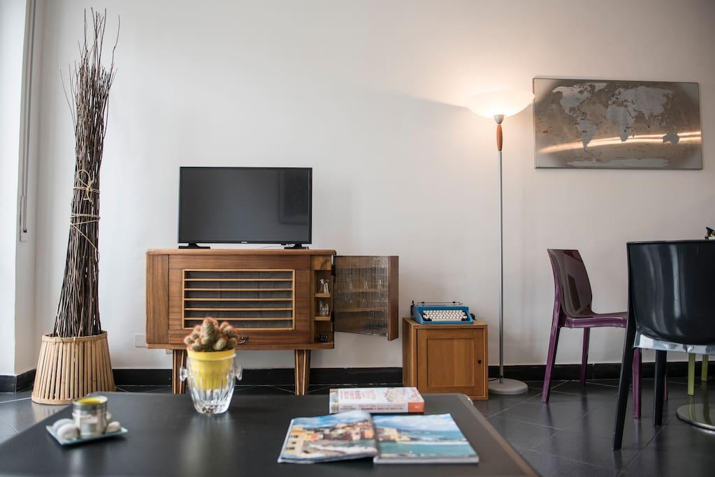 Living Room.Detail 1