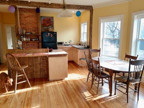 Sunny and beautiful brick house apartment