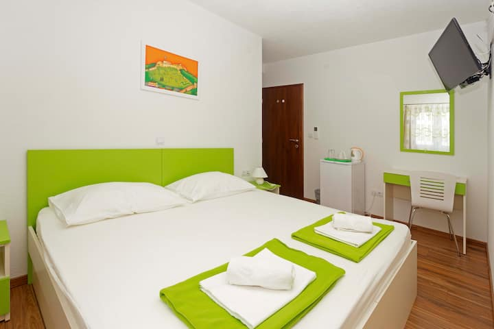 Green Double Room :)