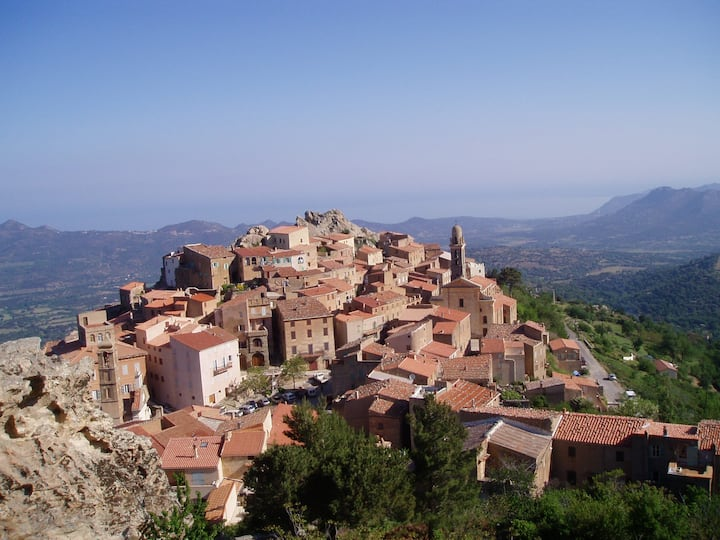 Charmante maison de village corse en Balagne