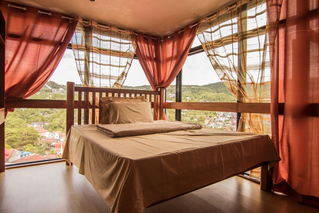Floor plan B Sample Bedroom (Queen)