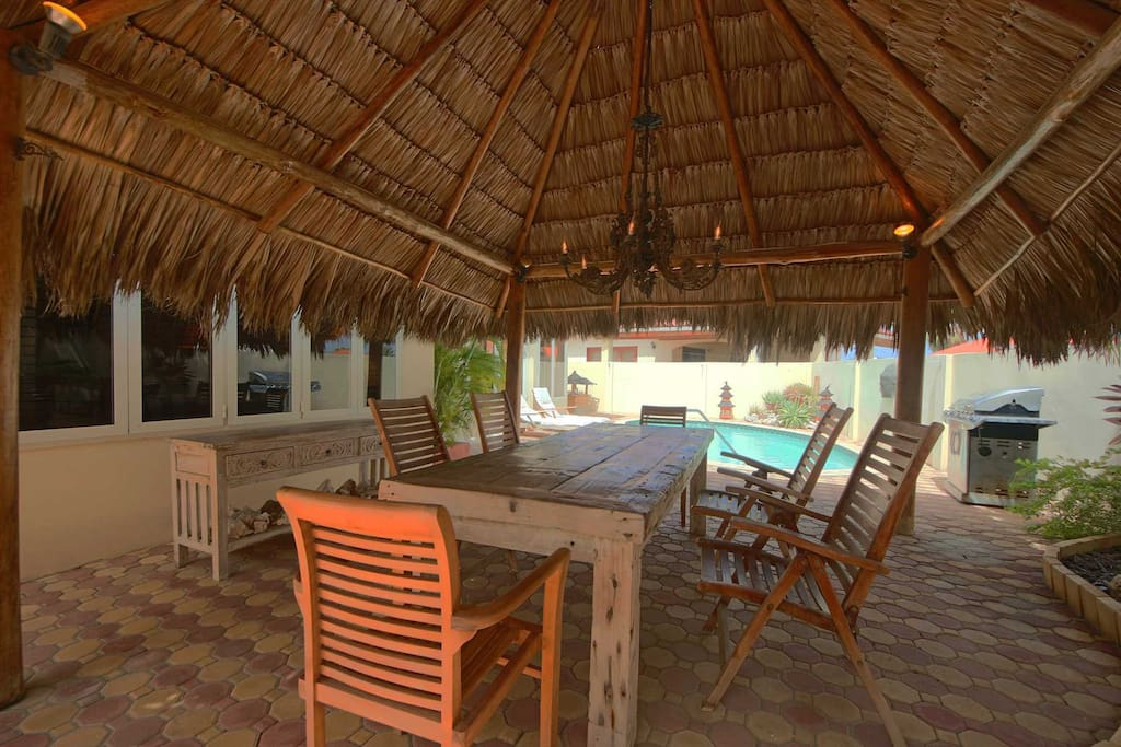 Large palapa with 6-seat dining table