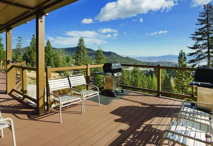 Cozy 1 Bedroom Resort in South Lake Tahoe