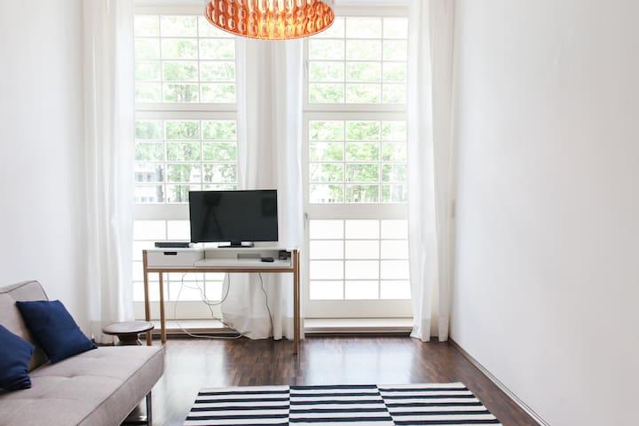 Schlafzimmer bzw. Arbeitszimmer