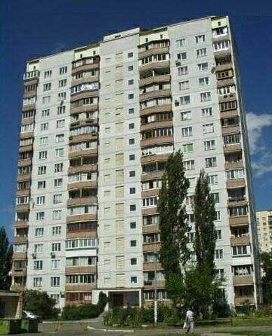 Квартира возле метро Минская (39Б)
