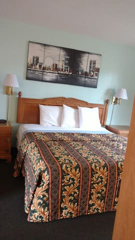Private Bed Room - Tulare - Bed & Breakfast