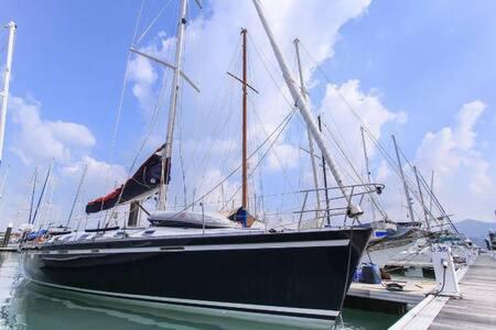 """Baby Tonga"" Luxury 6 Berth Sailing Yacht PHUKET - Patong - Barca"