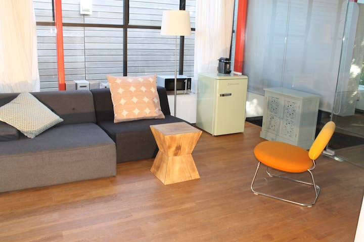 Large & light private loft apartment, 2 bedrooms! - Amsterdam - Condominium
