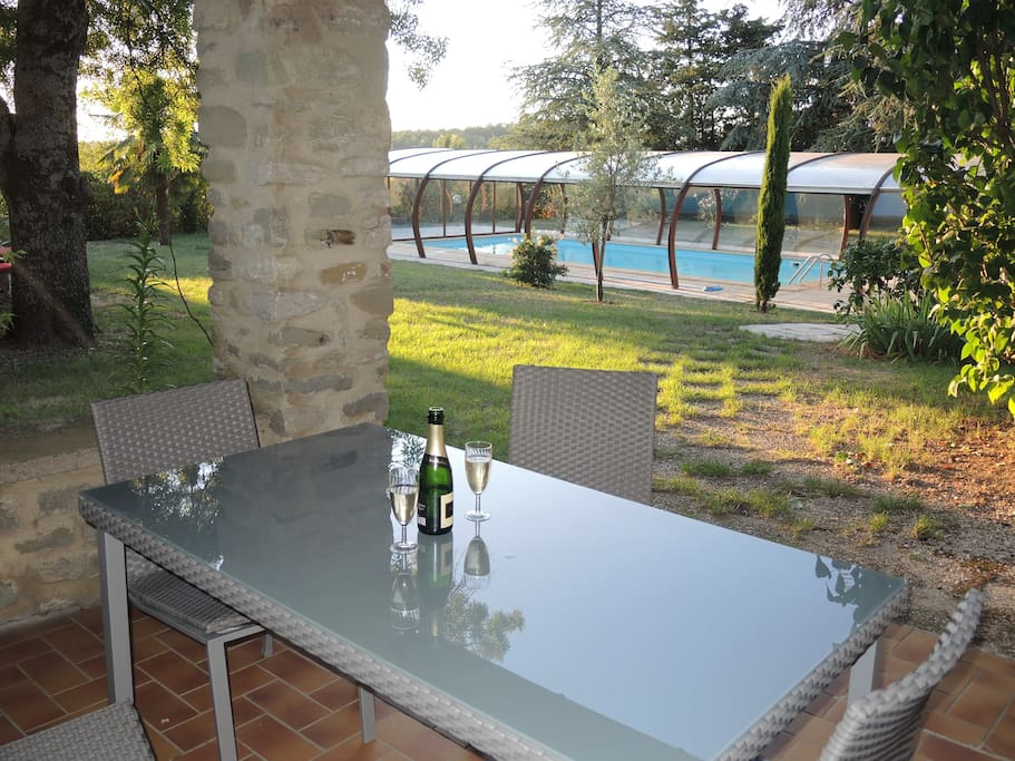 beau g te avec piscine houses for rent in pont de barret