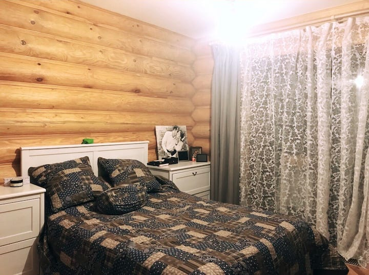 Cozy wooden 3-bedroom house