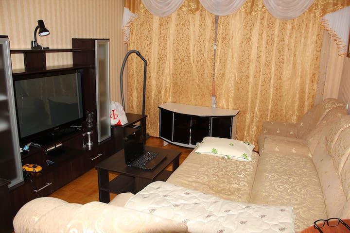 Квартиры Сутки Часы в Воткинске - Воткинск - Apartment
