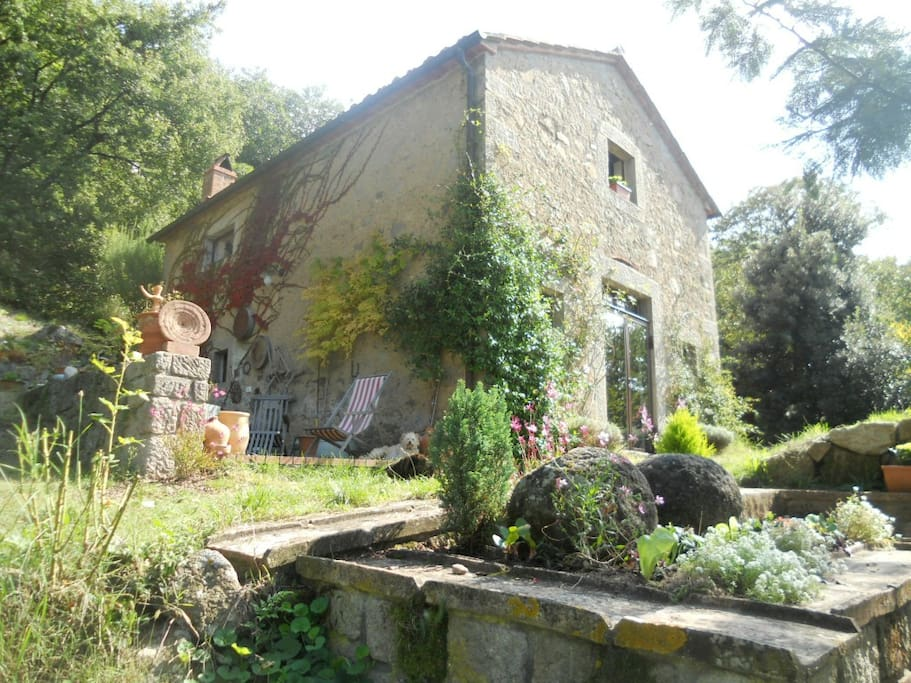 House cottage in seggiano tuscany houses for rent in for Rent a house in tuscany