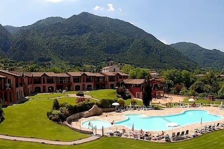 Luxurious Apartment in Idro with Pool