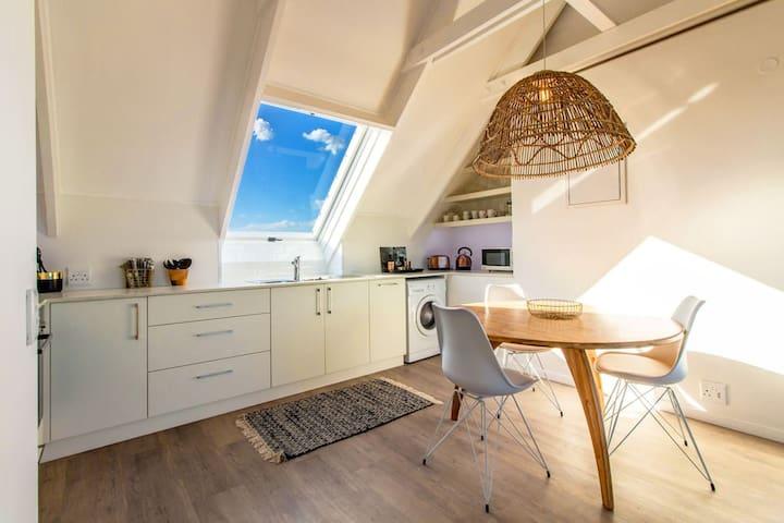 Beautiful apartment on the beach