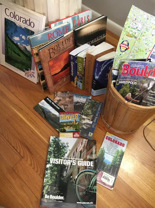 Visitor Guides and maps!