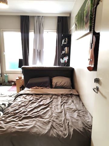 Free room in a shared room apt near Uni of Oulu