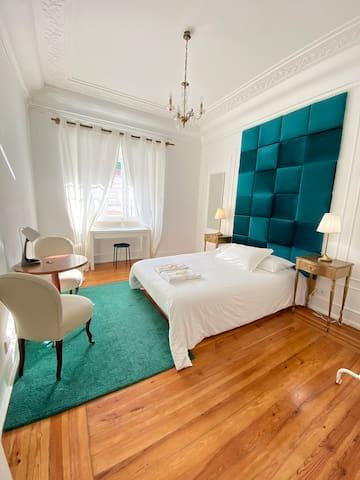 Lovely Green Room
