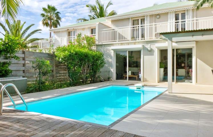 Villa Spyridon 3 chambres, terrasse piscine, La baie Orientale Saint-Martin - Marigot - Villa