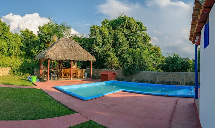 CHALET DEL VALLE - FULL HOUSE + POOL + GRILL