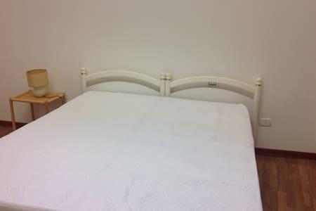 Tipico appartamentino salentino indipendente - Cerfignano