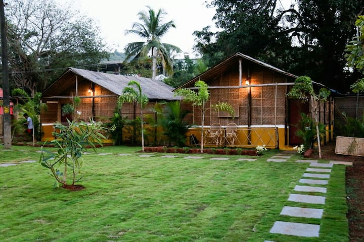 Beautiful earth cottages near Ashvem beach