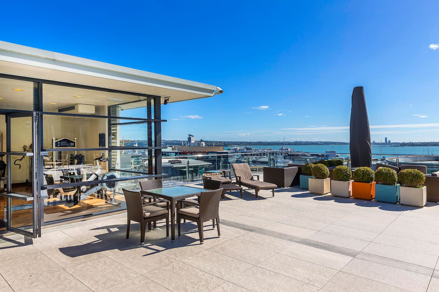 Heated rooftop pool and gym with views of the harbour, Harbour Bridge and the city