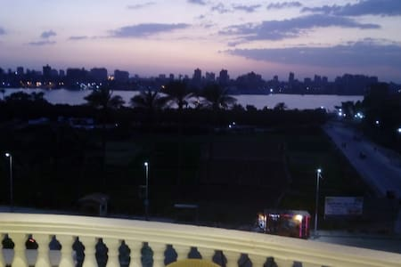 Spacious apartment with lovely view over the Nile