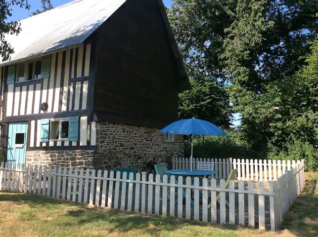 Maison May, La Petite Grange