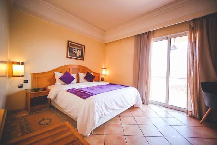 Chambre Simple à l'hôtel Menzeh Dalia