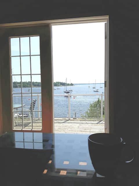 Sailors' Paradise - Stevens Cove Guest Quarters