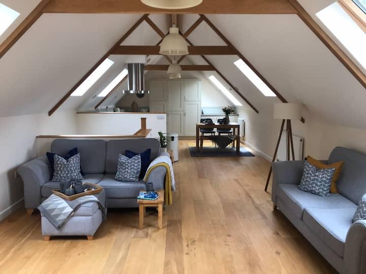 Cornish Barn Conversion- Sleeps 4