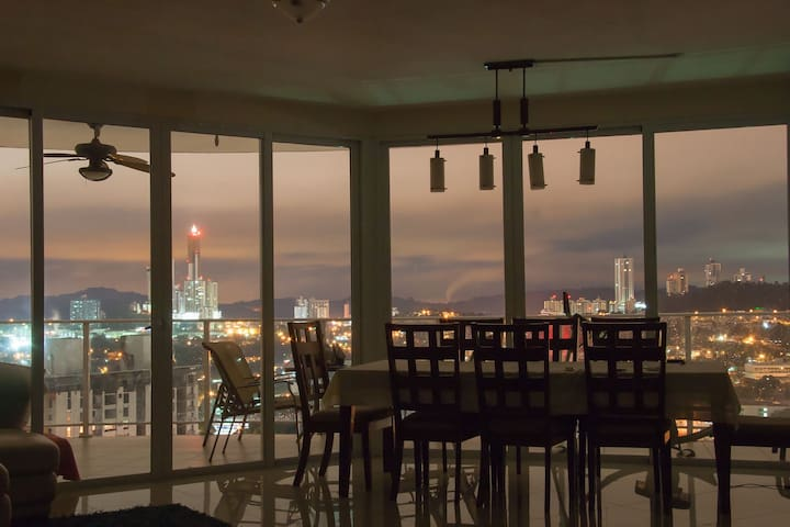 Private room in Beautiful Apartment - Panama City - Flat