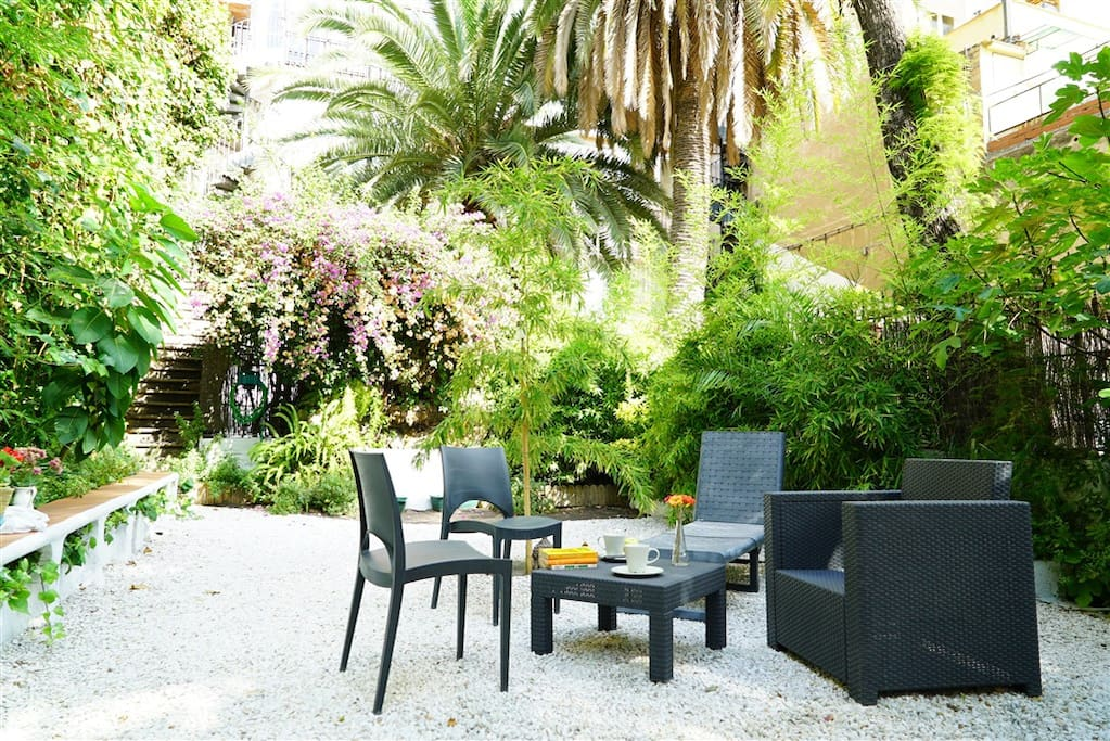 Enjoy your evenings in the beautiful private garden.