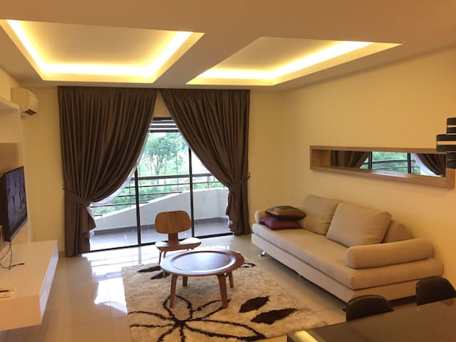 Cozy and Relax Room at Seri Alam - Masai - Apartamento