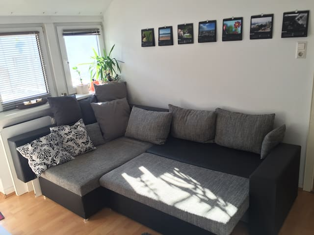 Central, cozy Flat with balcony - Bielefeld - Departamento