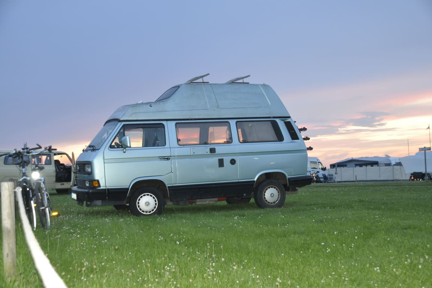 Kultiger VW Bulli T3, T4 am Weserstrand - Campers/RVs for Rent in ...