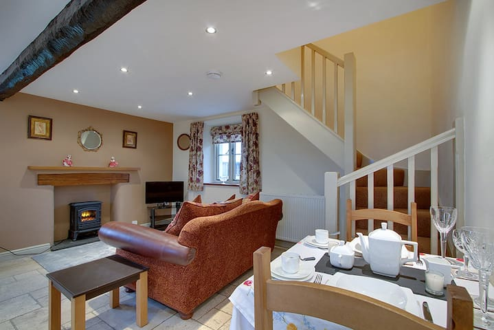 Stable Cottage, for 2,  Silecroft, Cumbrian coast