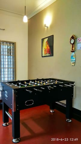 Let's play some ball, Foosball