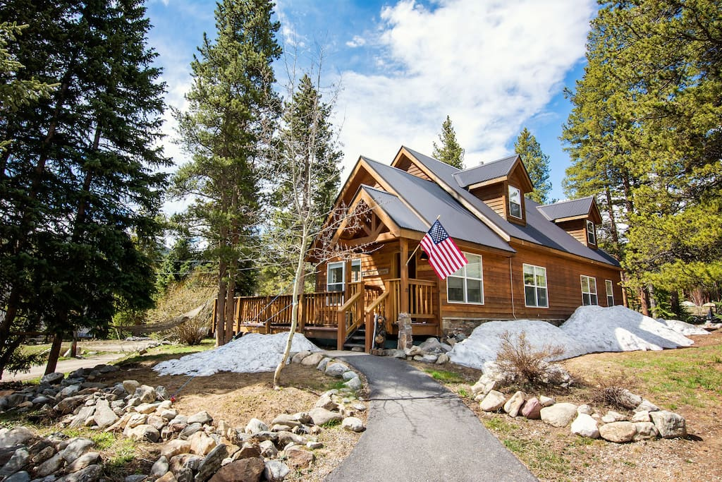 Breck bear cabin 3b 3b 2 hot tub wifi houses for rent for Cabine in colorado breckenridge