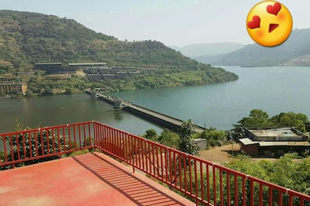 Spacious,Furnished Lake View Villa in Lavasa - Lavasa - Vila