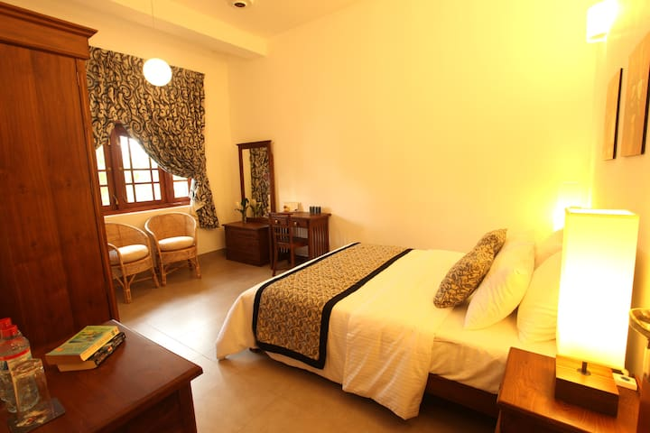 19 Flower Terrace - Hibiscus Room - Colombo - Bed & Breakfast