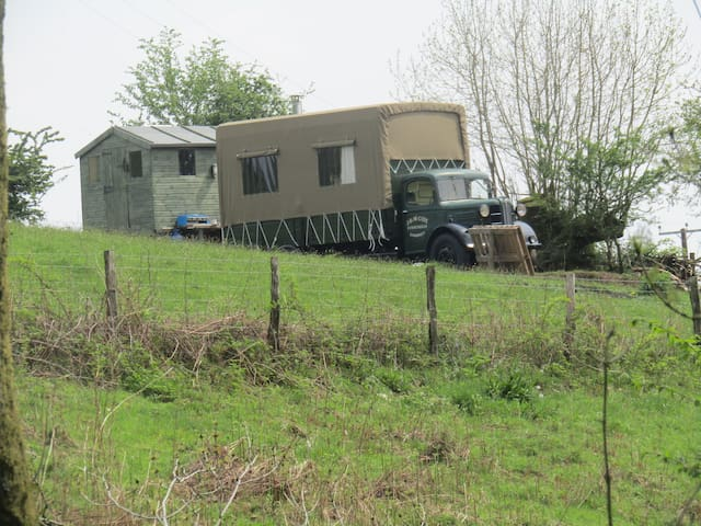 Branwen Vintage Lorry in wild West Wales - Carmarthenshire - Camper/RV