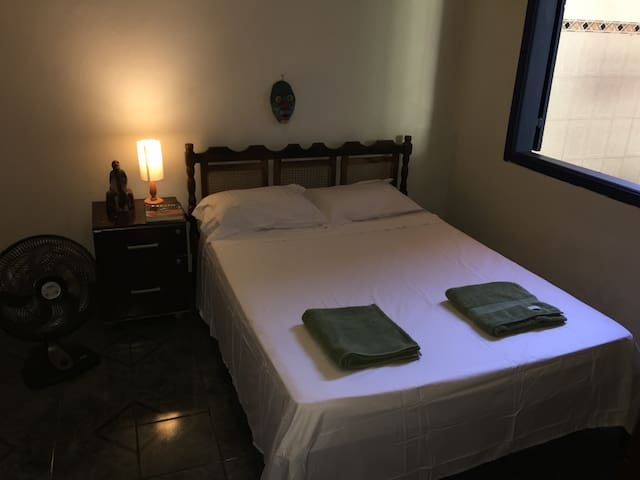 Cheap Room With Air Conditioner in Atelier House 1 - Paraty - House