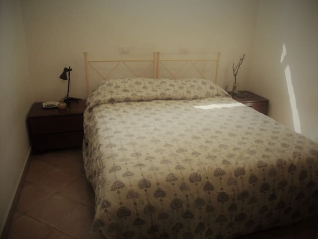 Double room in the center - Piacenza - Osakehuoneisto
