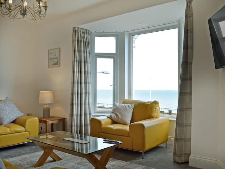 Sea View House (UK2361)